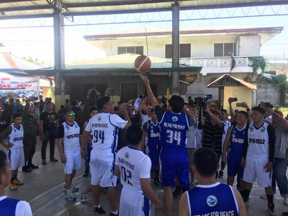 Gov't, MILF use basketball to promote BOL