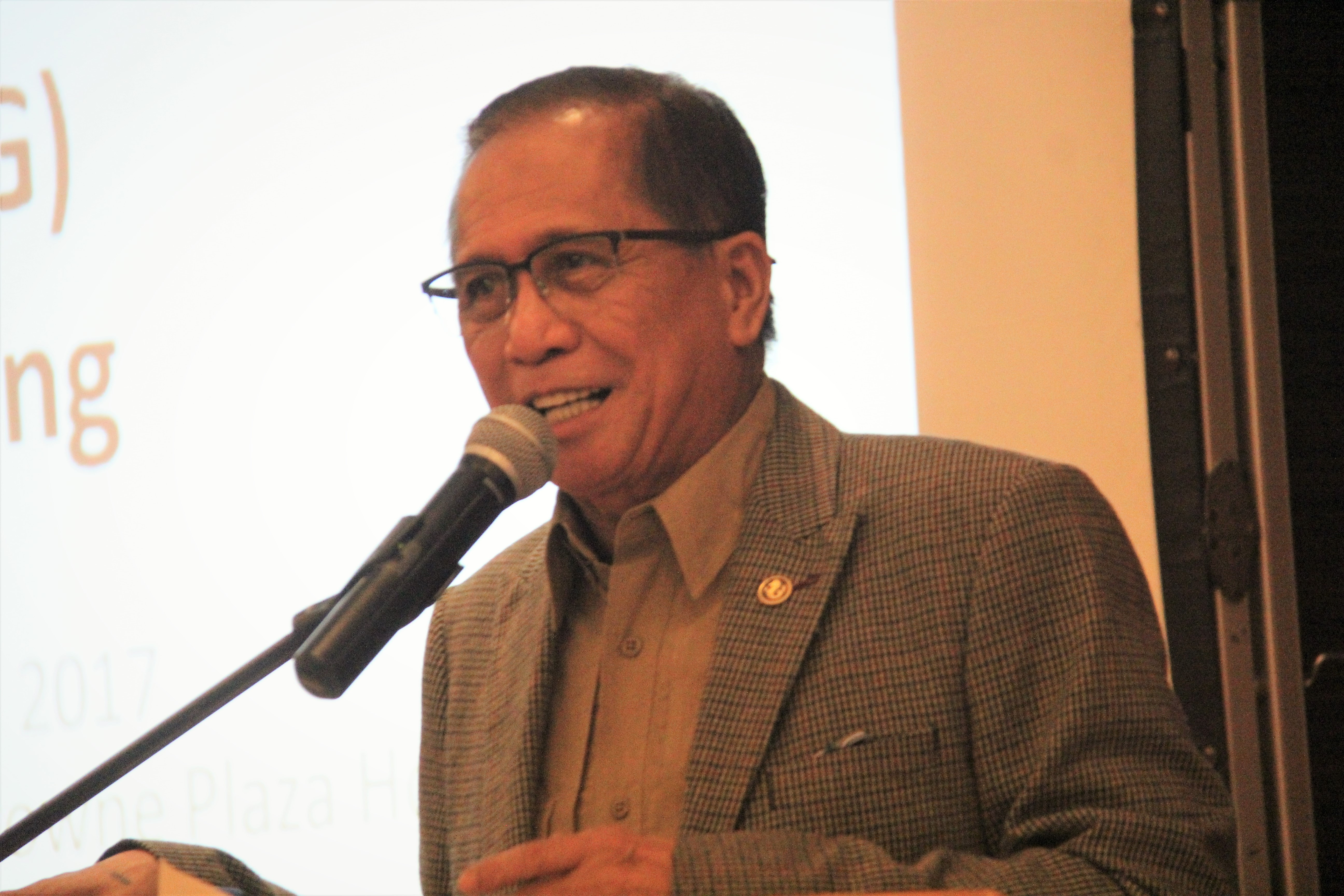 Dureza: Approach peace process with optimism