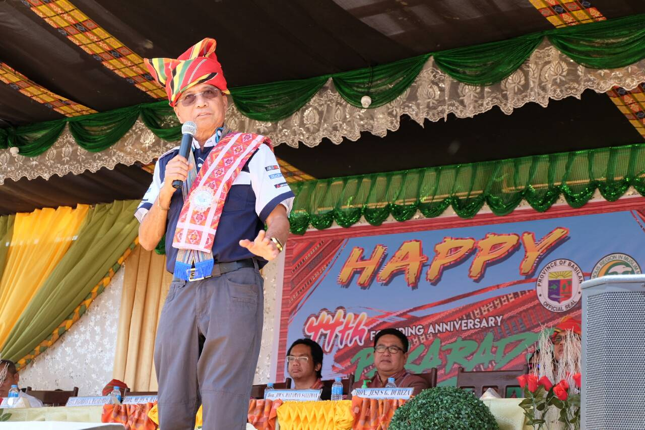 Dureza bats for peace culture at Basilan's Pakaradjaan fest