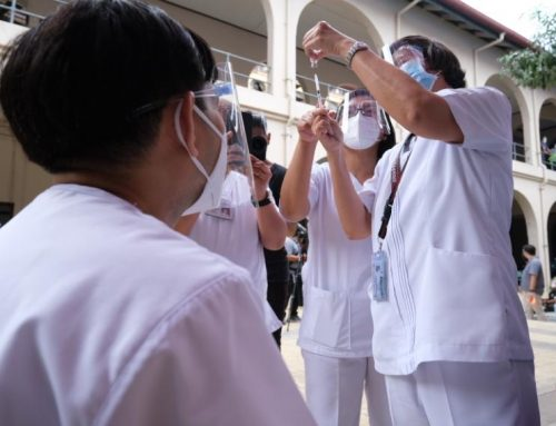 PH inoculates 2,793 Filipinos on first two days of vaccine rollout; eyes to immunize 2M healthcare workers in March